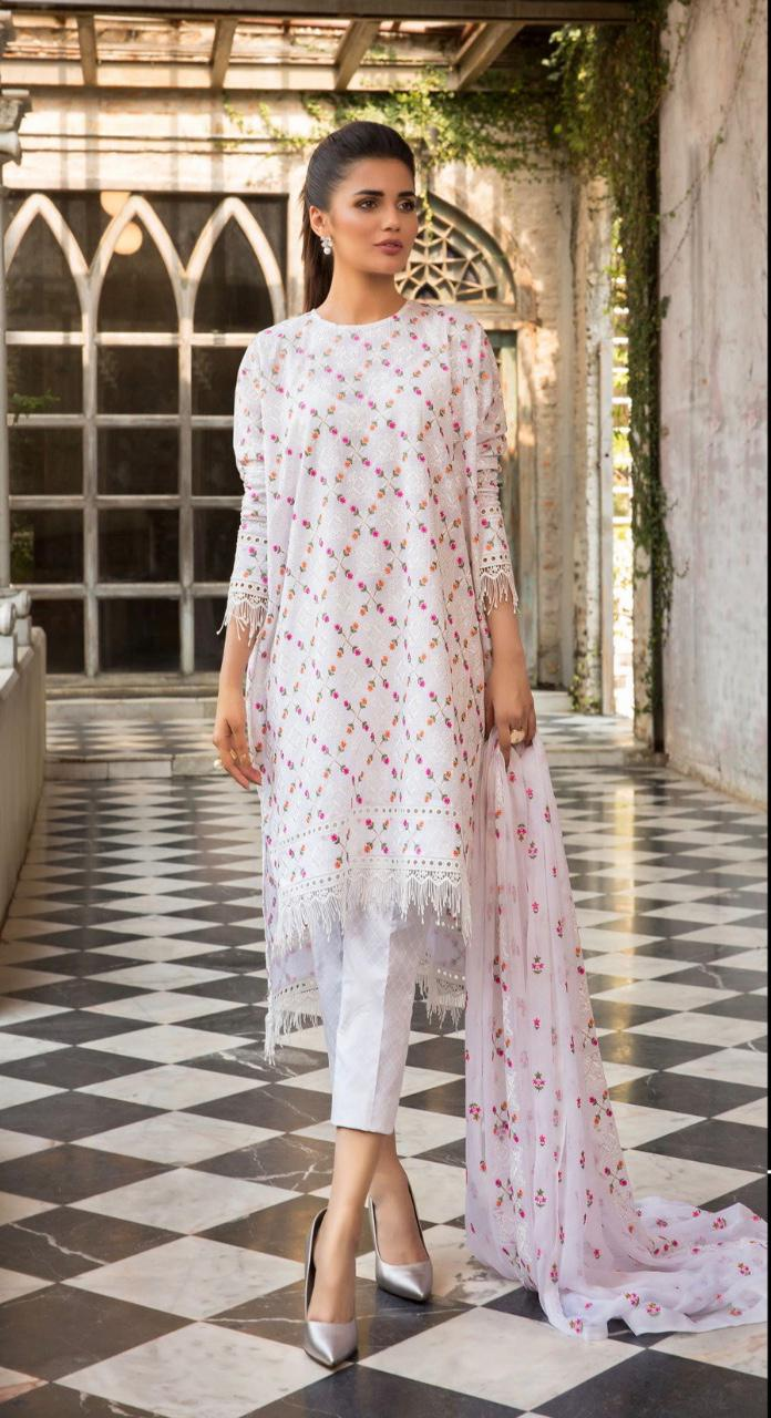 Gul ahmed Master replica Ladies 3pc Lawn Collection Summer Dress with Bamber Chiffon embroidered dupatta