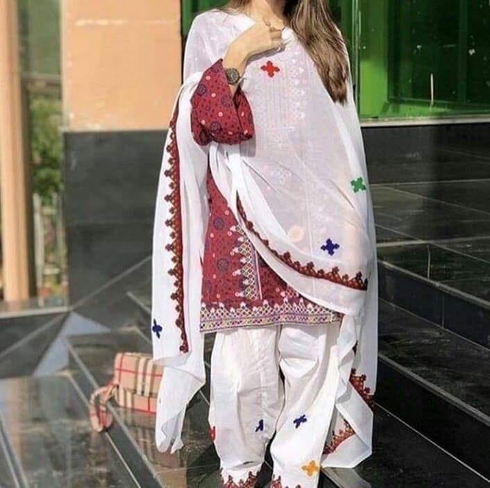 Sindhi style 3pc Lawn Collection Summer Dress with Chiffon embroidered dupatta